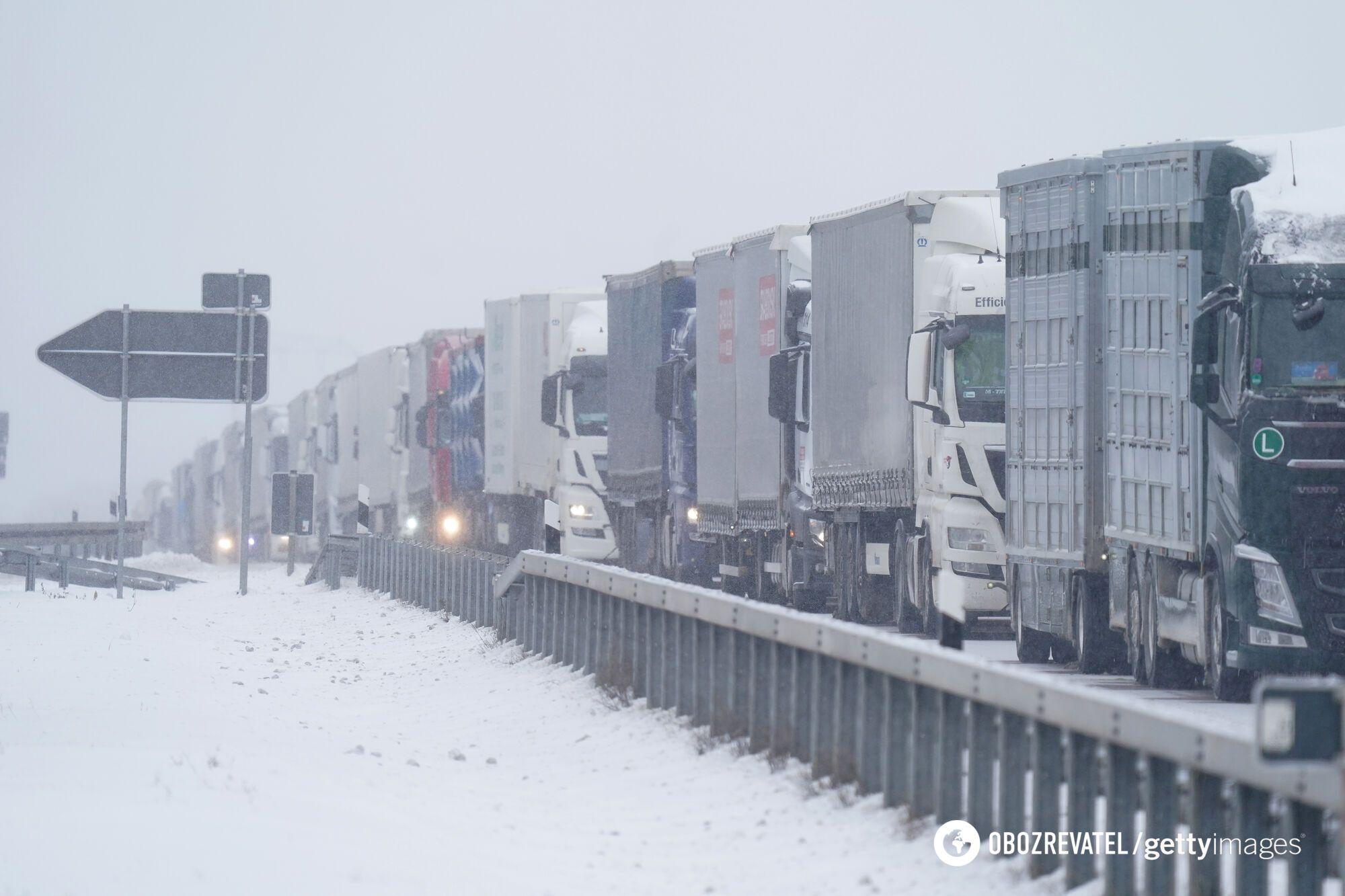 Заблоковано рух на трасах у Німеччині.
