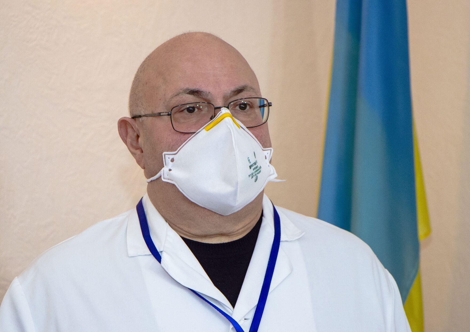 Генеральный директор городской клинической больницы №16 Олег Хасилев считает присоединение медучреждений вполне логичным шагом