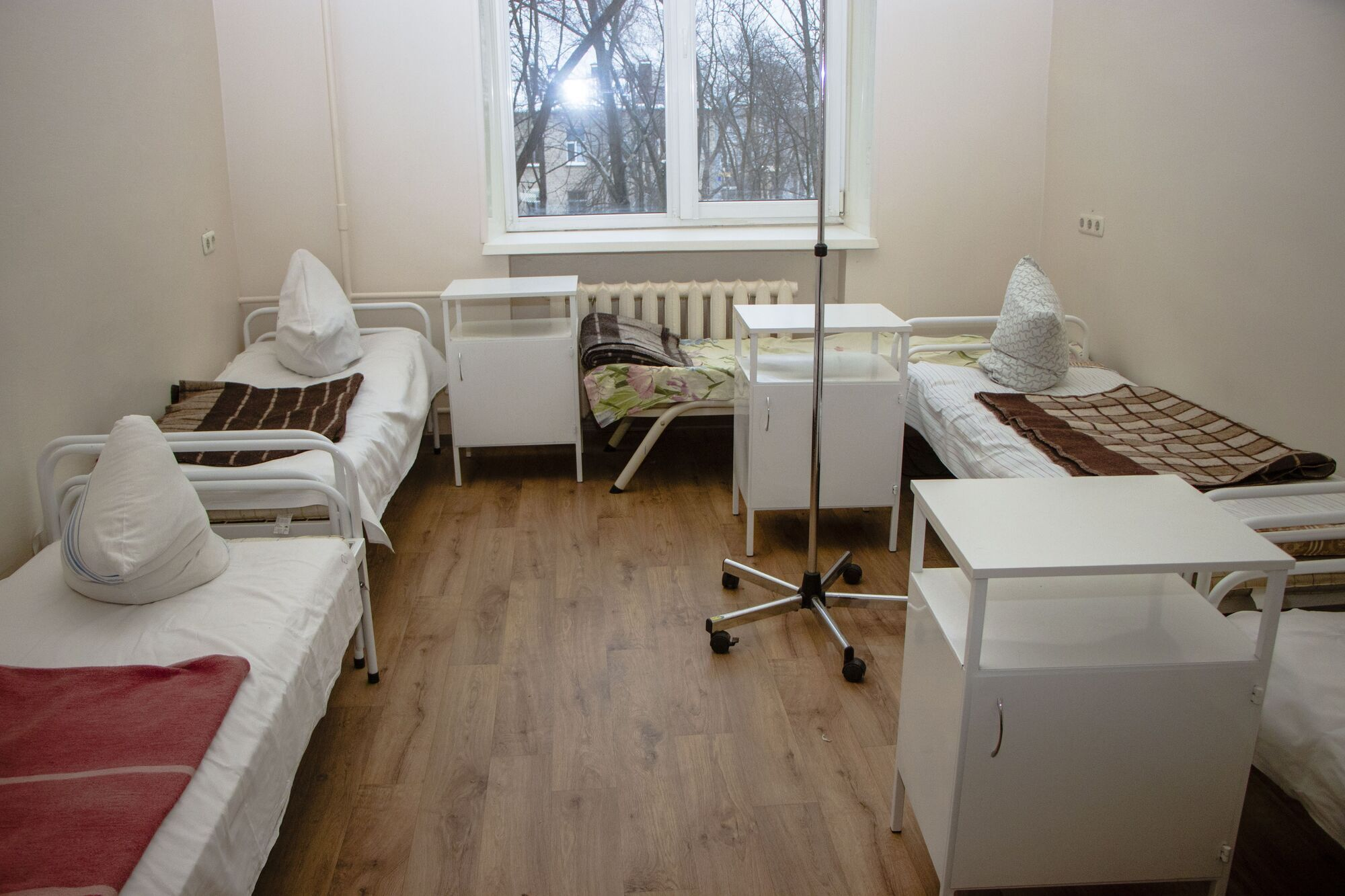 Постепенно ремонтируют и палаты отделений больницы №16