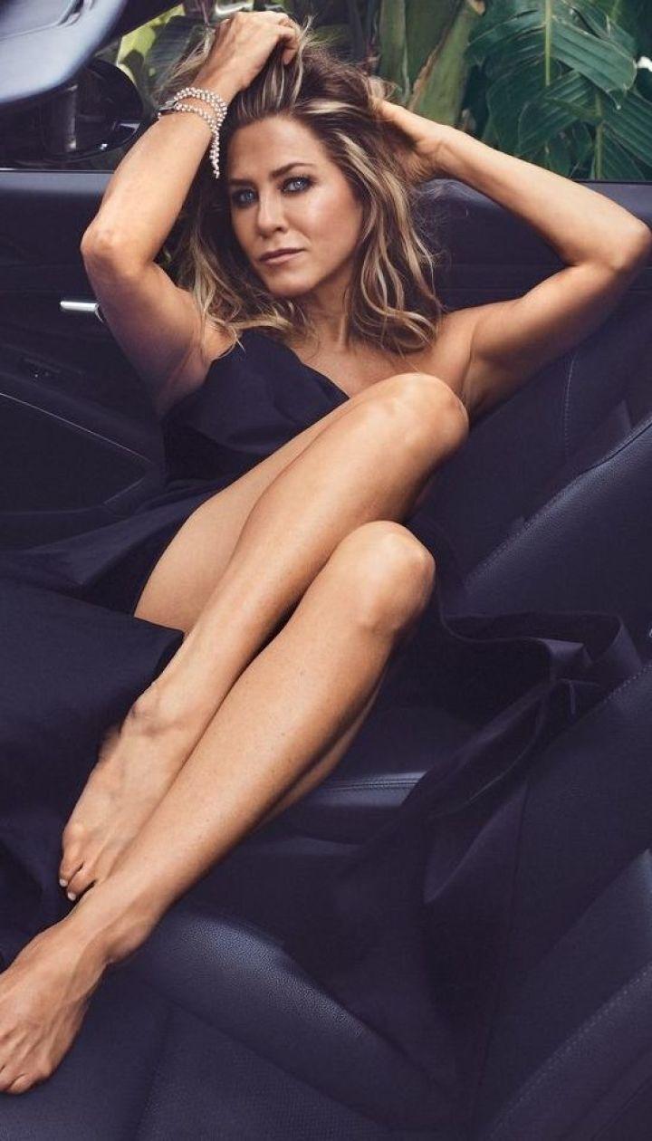 Актриса Дженнифер Энистон стала героиней новой фотосессии для журнала InStyle.