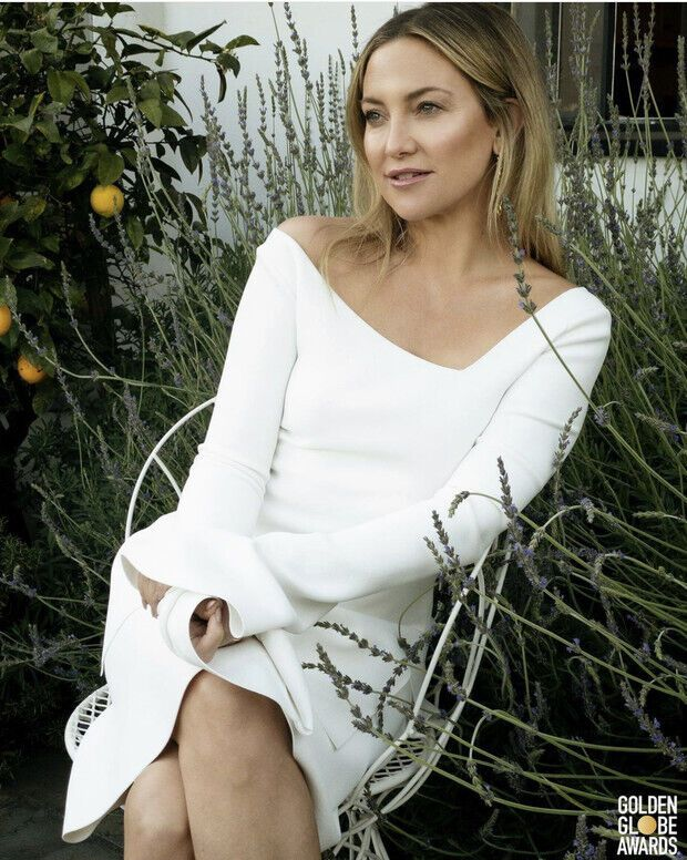Кейт Хадсон на початку з'явилася в міні Proenza Schouler