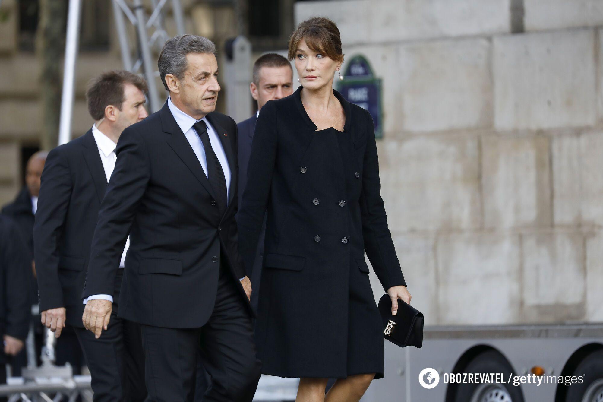 Ніколя Саркозі та Карла Бруні.