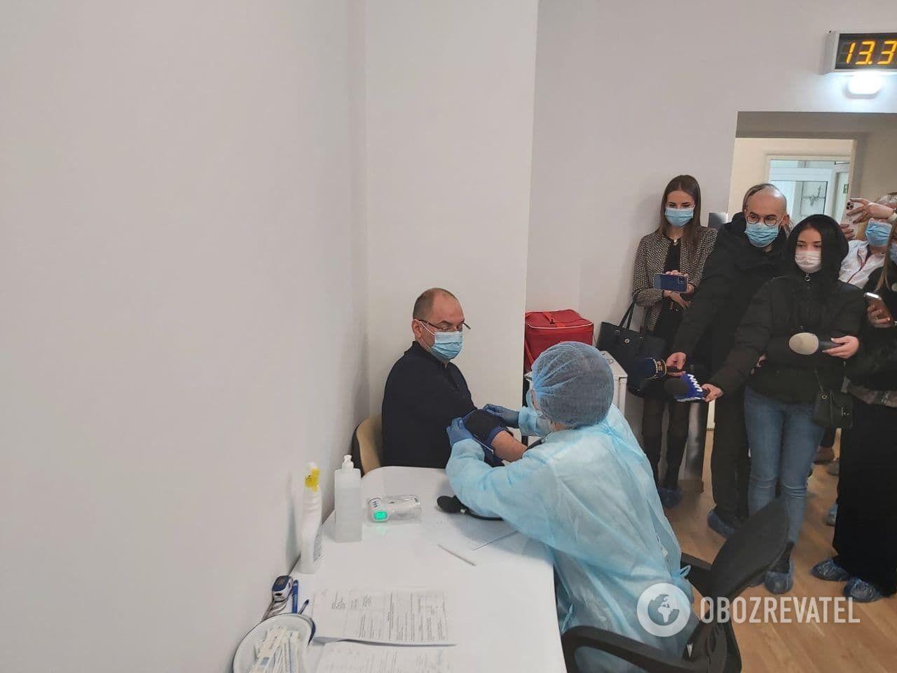 Глава МОЗ України Степанов вакцинувався.