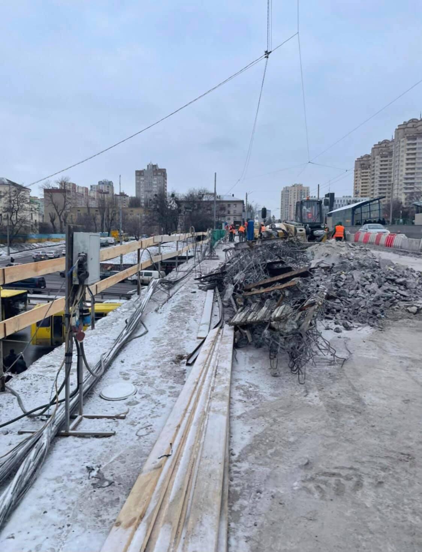 У Києві почали сезон ремонтних робіт на дорогах.