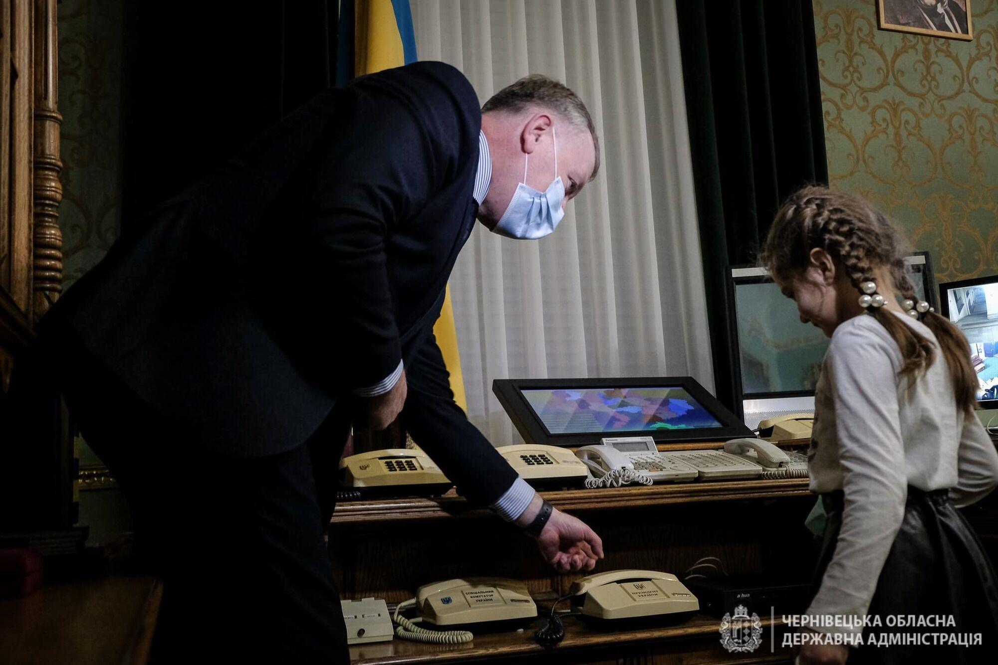 Маргариту от имени Зеленского поздравил Сергей Осачук.
