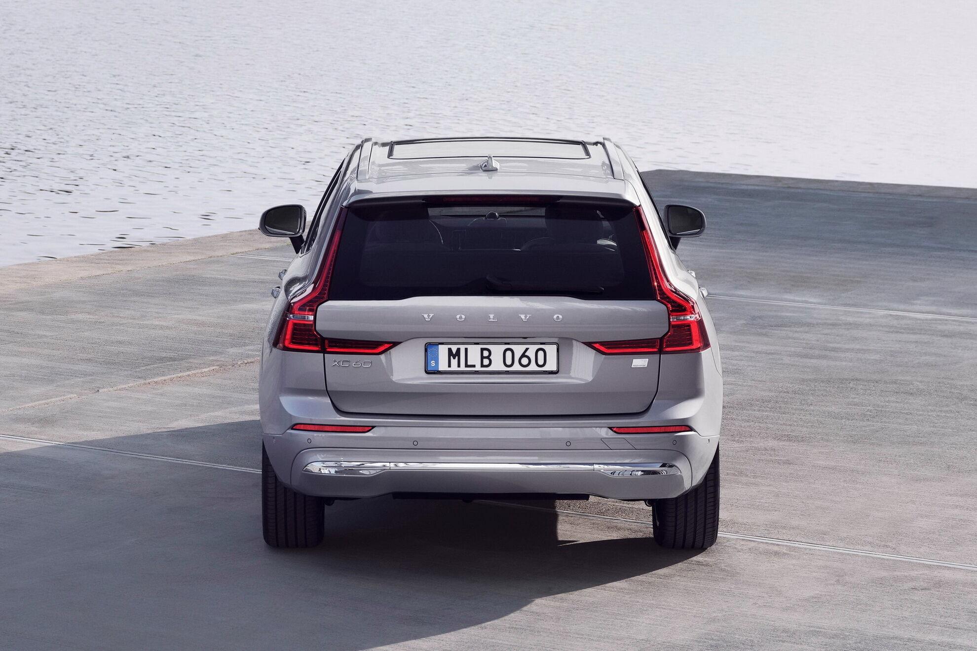 Оновлений XC60 отримав комплексну систему безпеки Advanced Driver Assistance Systems