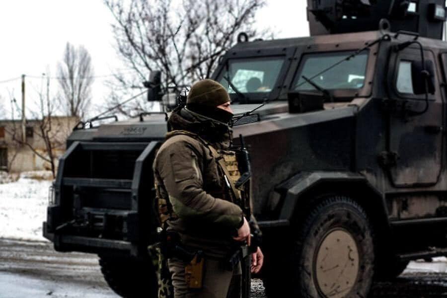Український військовий на Донбасі