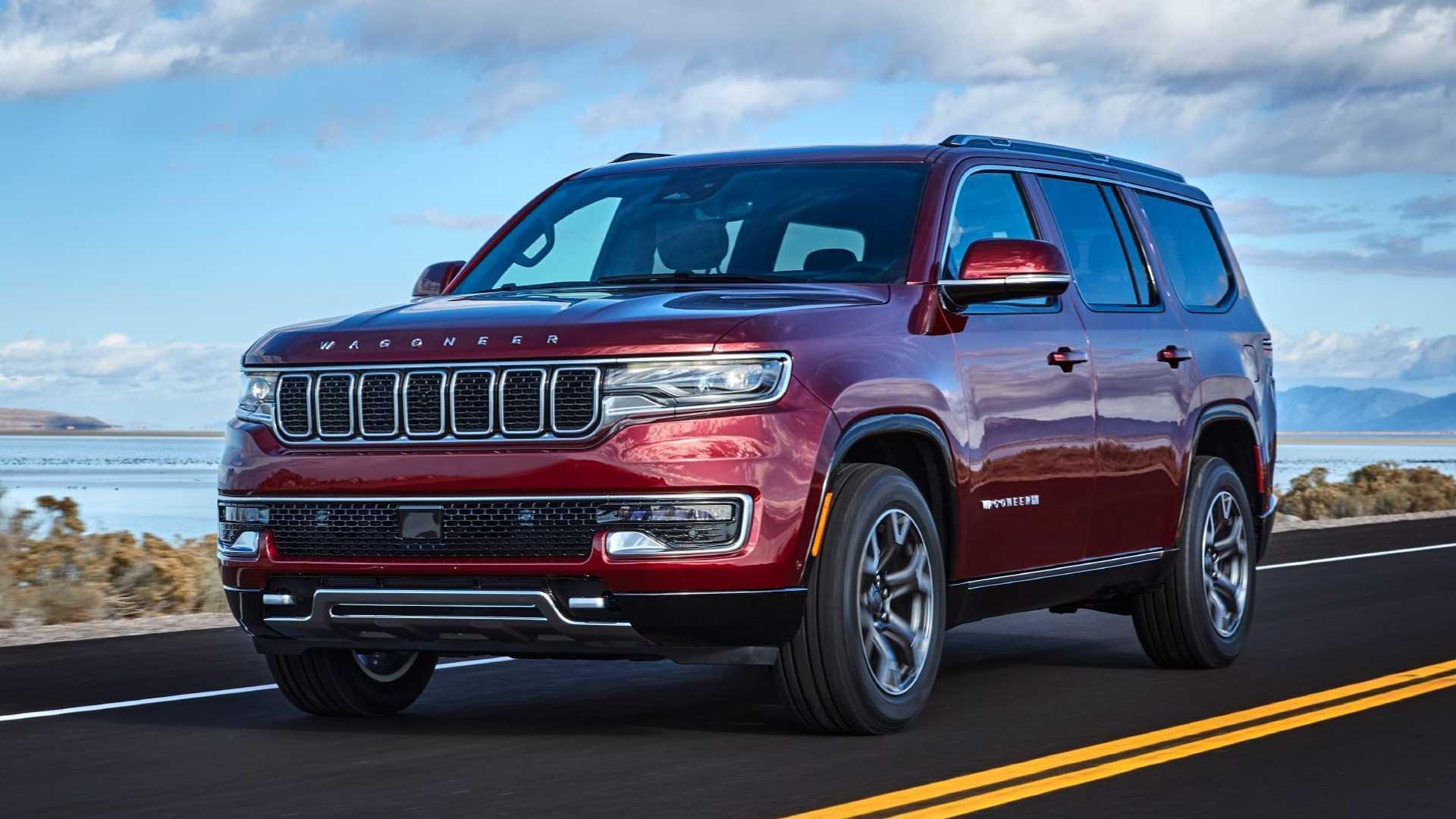 """Jeep Wagoneer оснащен бензиновым двигателем V8 5.7 (397 л.с.) со стартер-генератором и 8-ступенчатым """"автоматом"""""""
