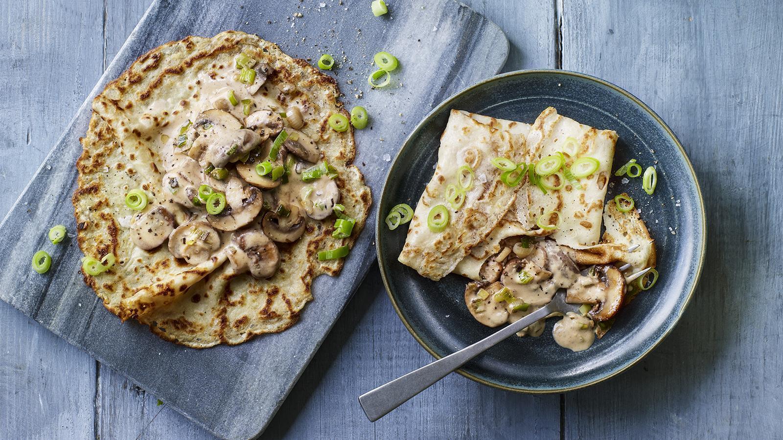 Млинці з грибами для легкого перекусу на роботі