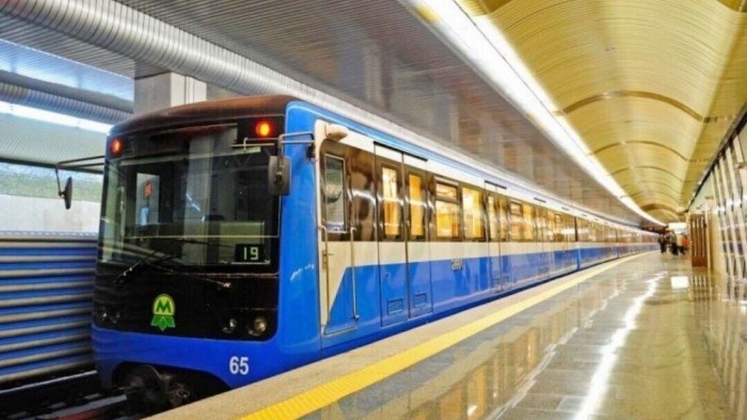 В столичном метро работает почти 7,5 тысяч человек.