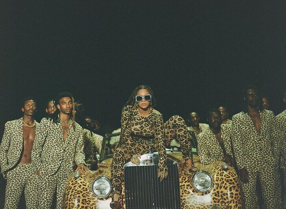 Кадр из визуального альбома Бейонсе «Black is King»