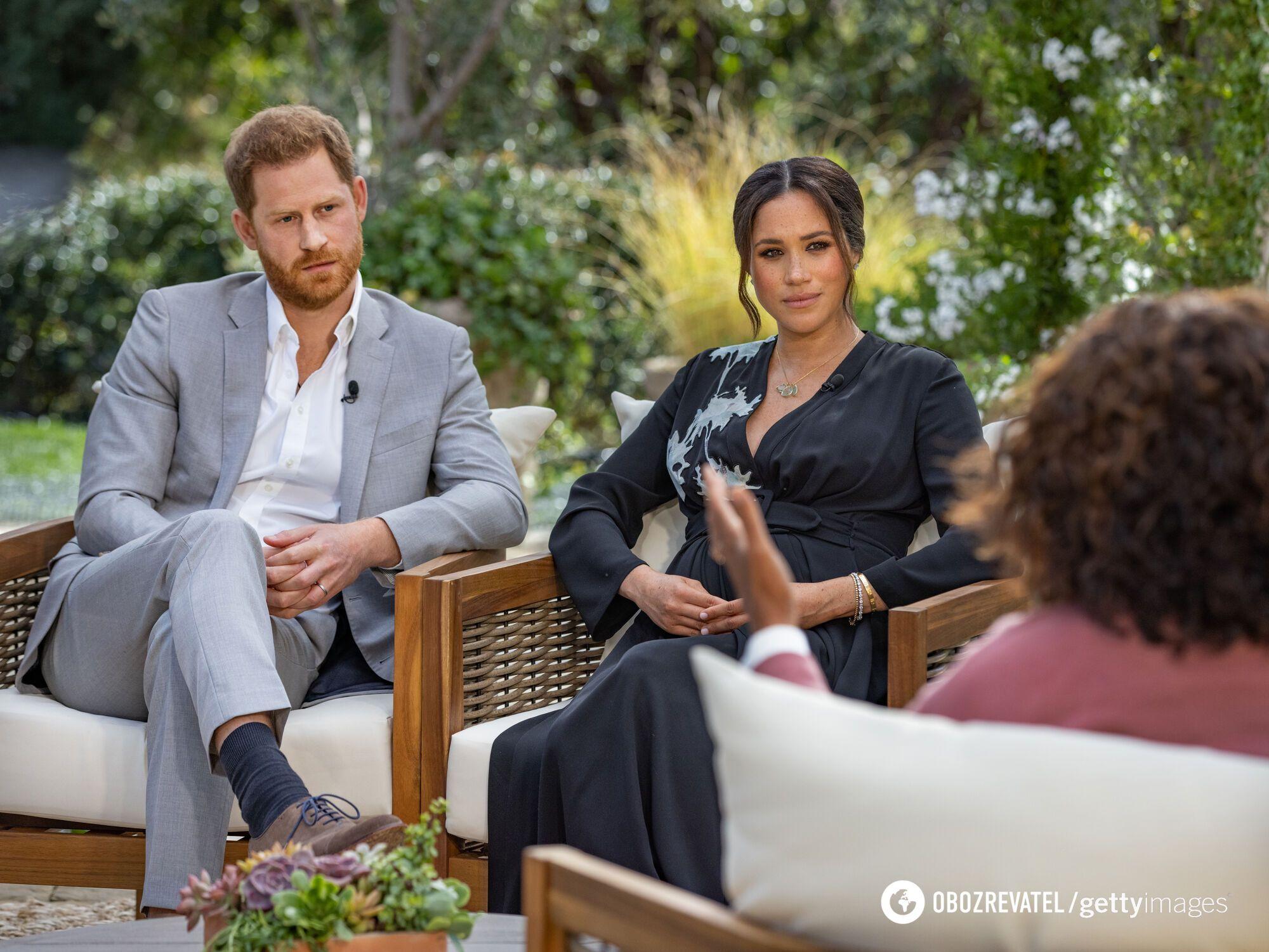 Принц Гарри и Меган Маркл во время интервью Опре