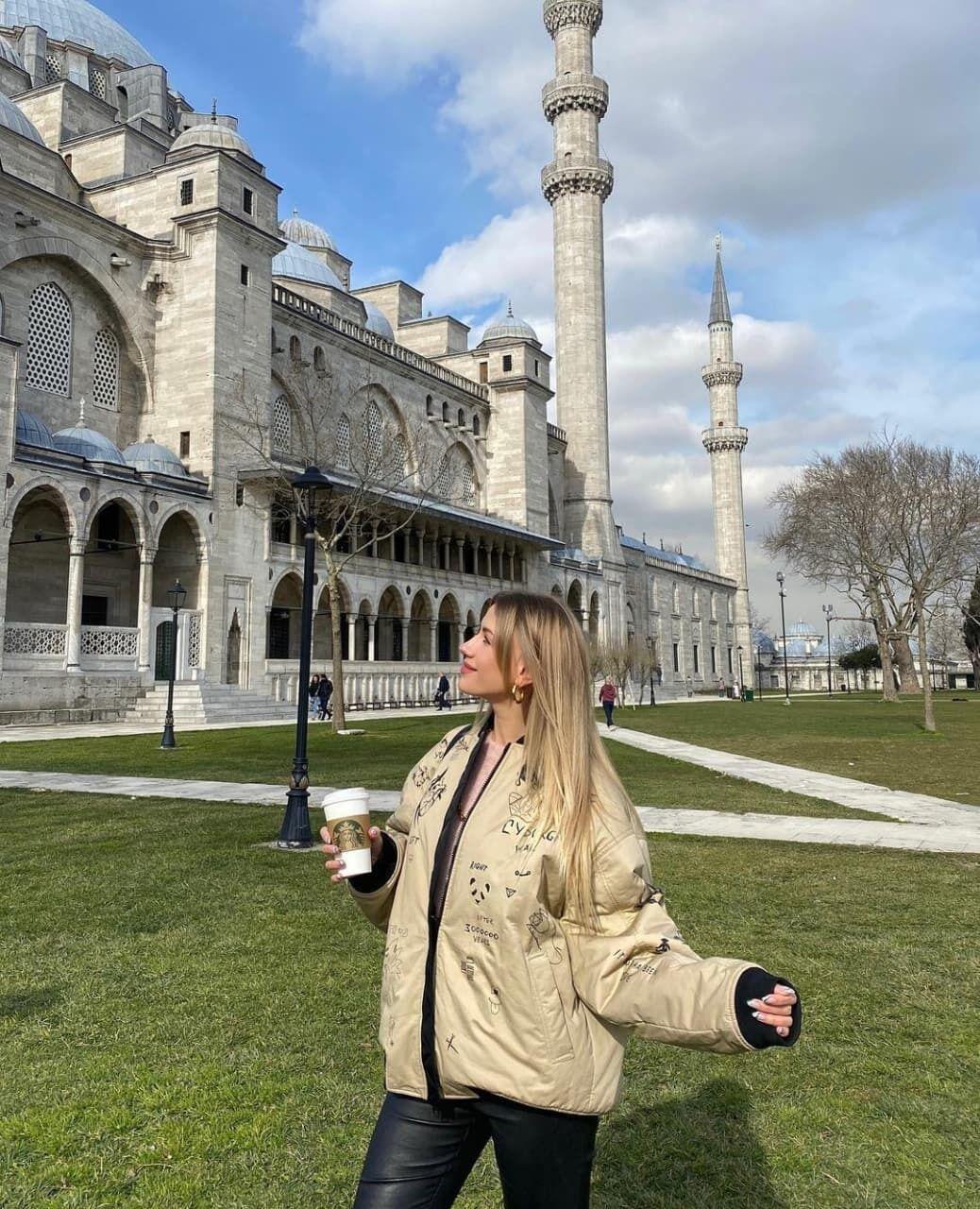Леся Никитюк в Стамбуле