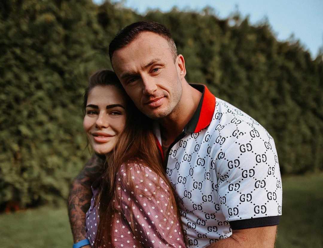 София Стужук рассказала, что у супруга и ранее были проблемах со здоровьем.