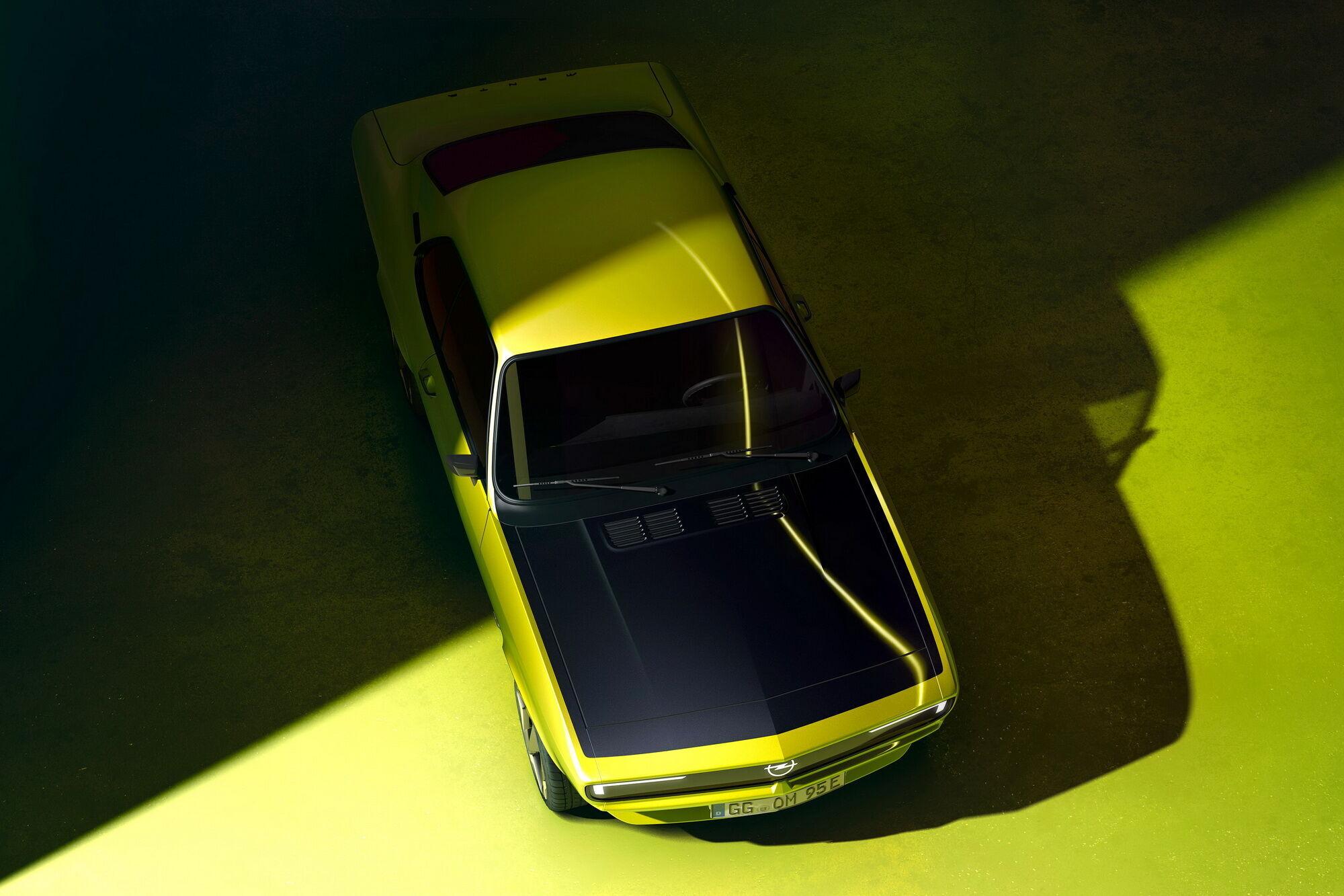 Opel представила проект рестомода на базі легендарної моделі Opel Manta