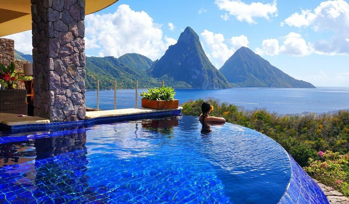 Jade Mountain Resort расположен в городе Сент-Лусия на Карибских островах.