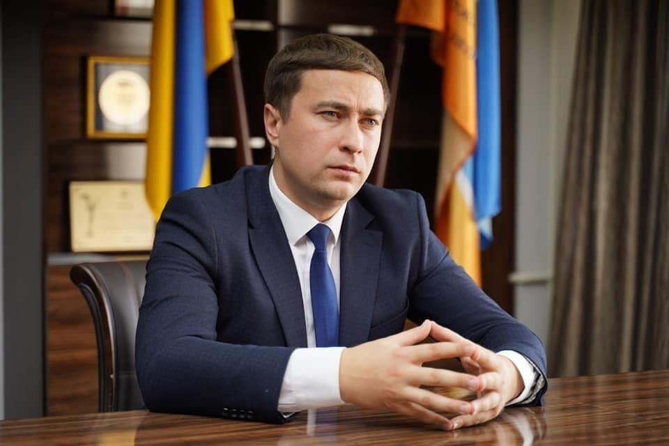 Лещенко поддерживает продажу земельных участков через электронные торги.