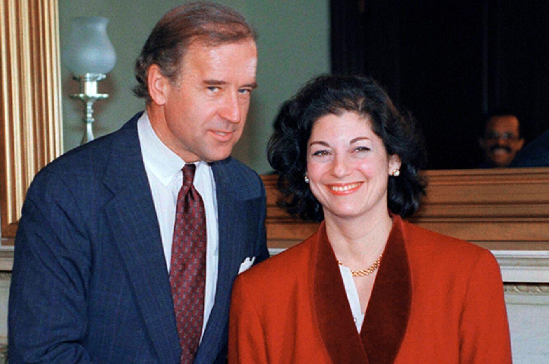 Байден и кандидат на пост генерального прокурора Зои Бэйрд, 1993 год