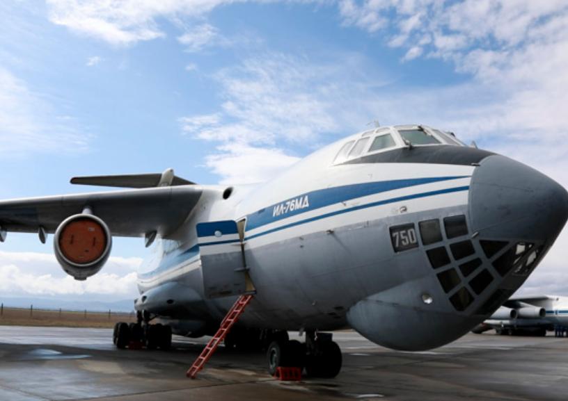 Військово-транспортний літак ІЛ-76МД перекинув техніку окупантів на полігон
