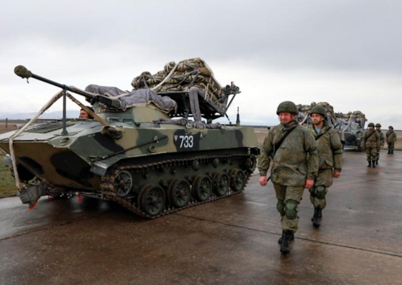 У навчаннях взяли участь гвардійські десантно-штурмові та артилерійські полки РФ