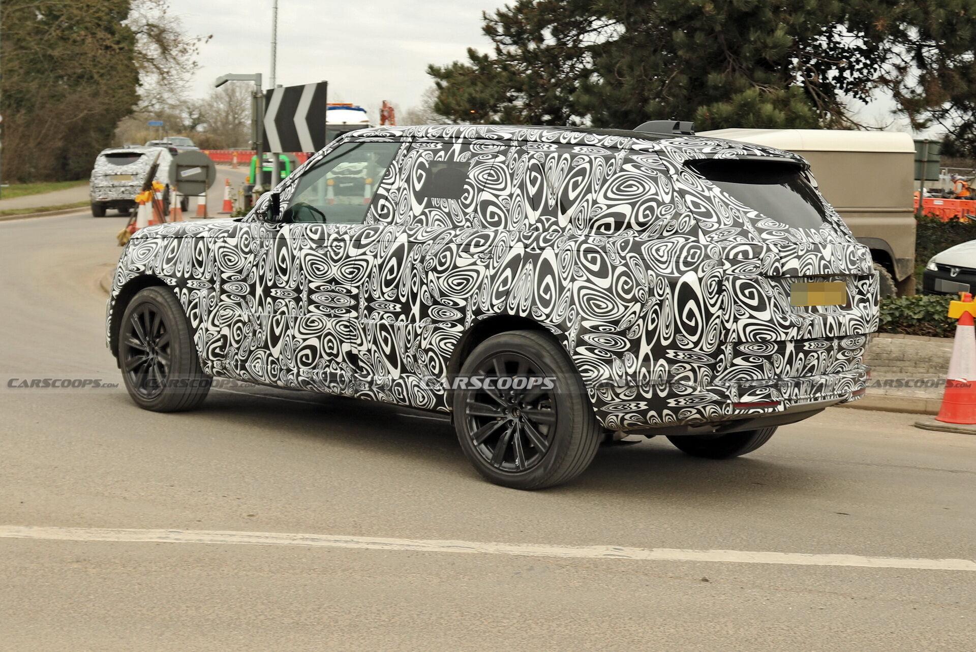 Обновленный Range Rover 2022