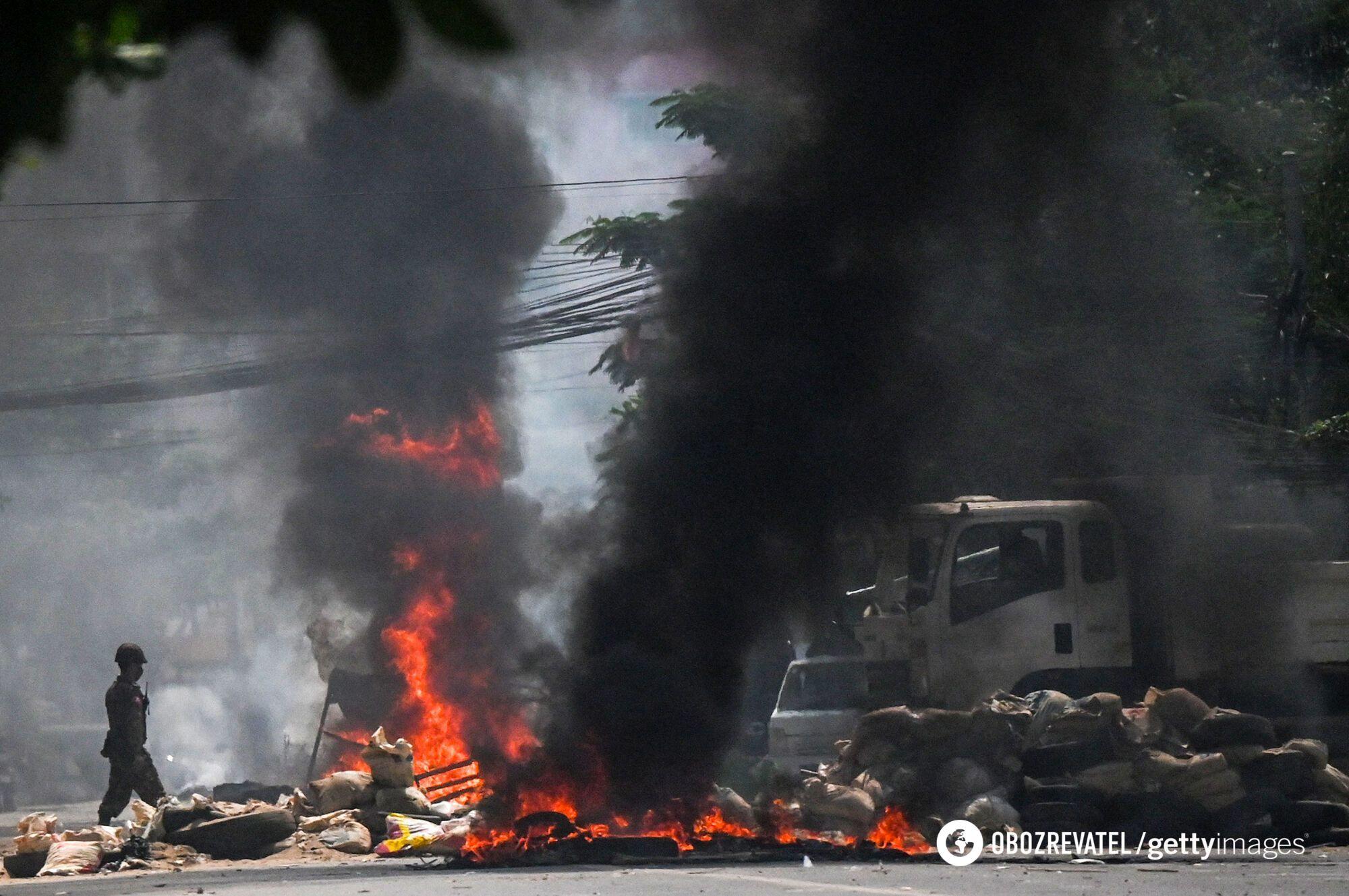 В Мьянме на протестах убили более 200 человек, тысячи задержали. Фото
