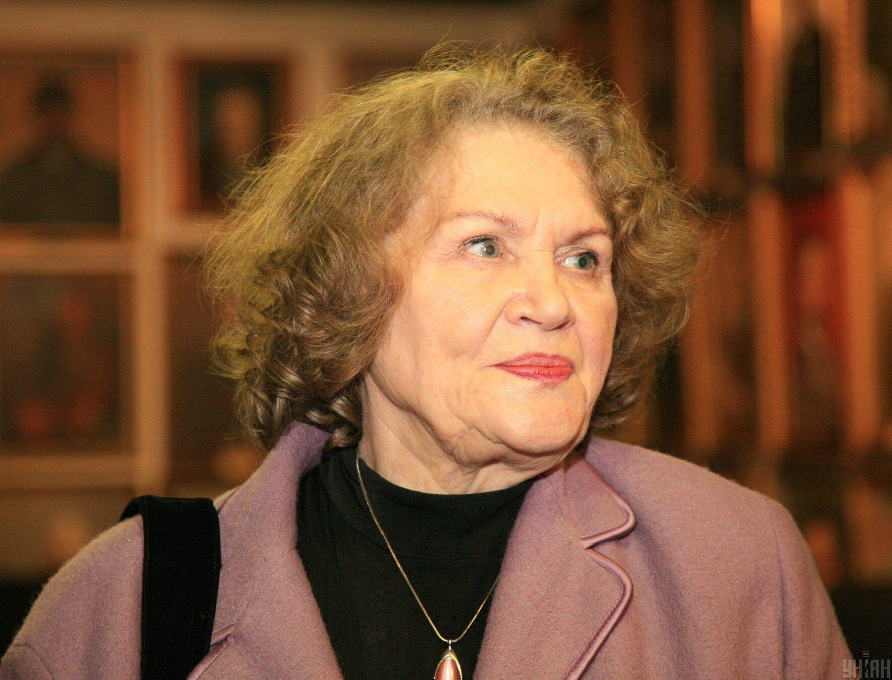 Лина Костенко 19 марта отмечает день рождения