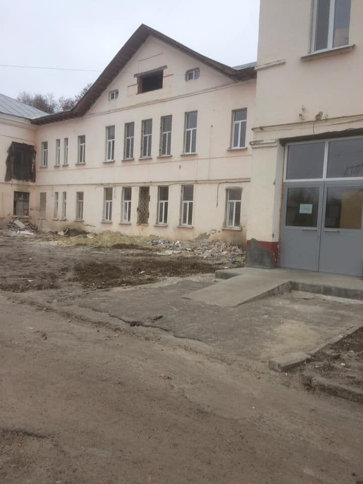 Сумська лікарня №4, тут ніяк не могли завершити ремонт