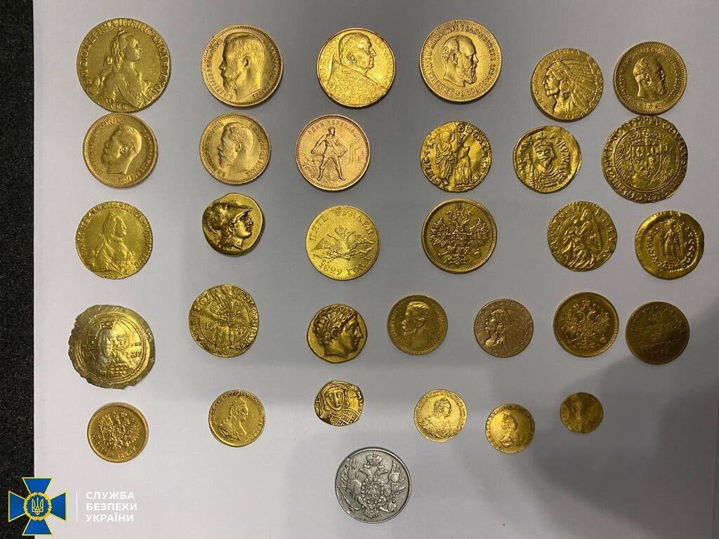 Ділки відправляли іноземцям золоті й срібні монети часів Київської Русі