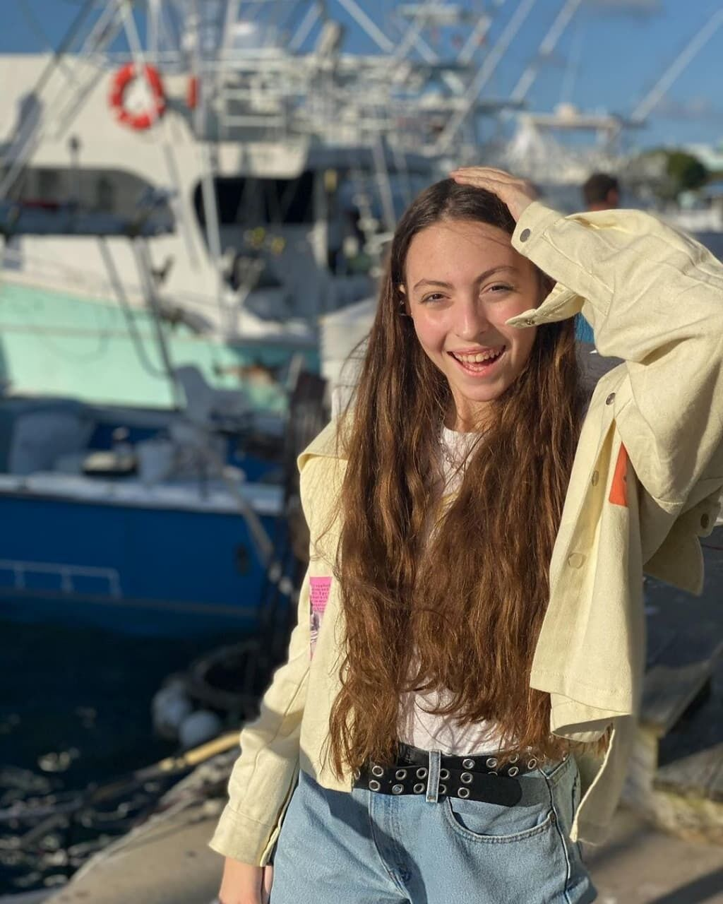 Маша Полякова празднует 16-летие