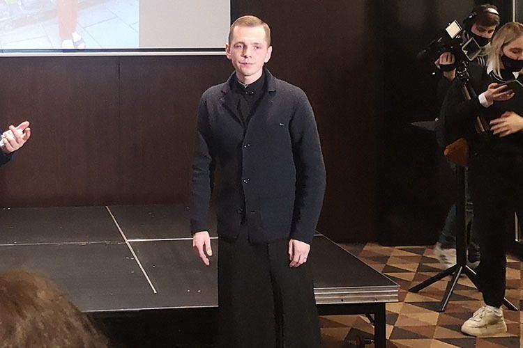 Син Наталії Миколишин.