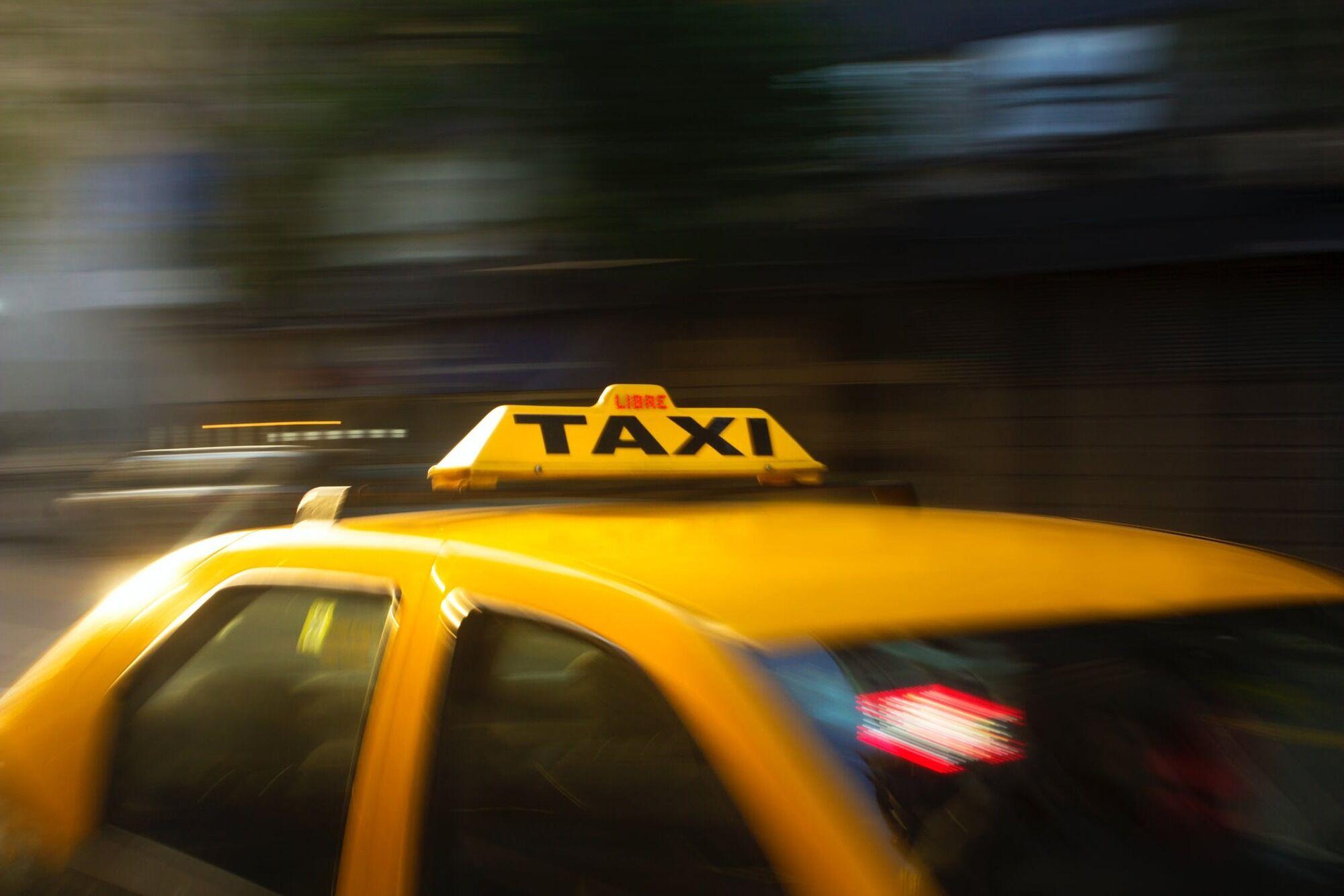 Таксисты рассказали, какое поведение пассажиров они считают недопустимым.