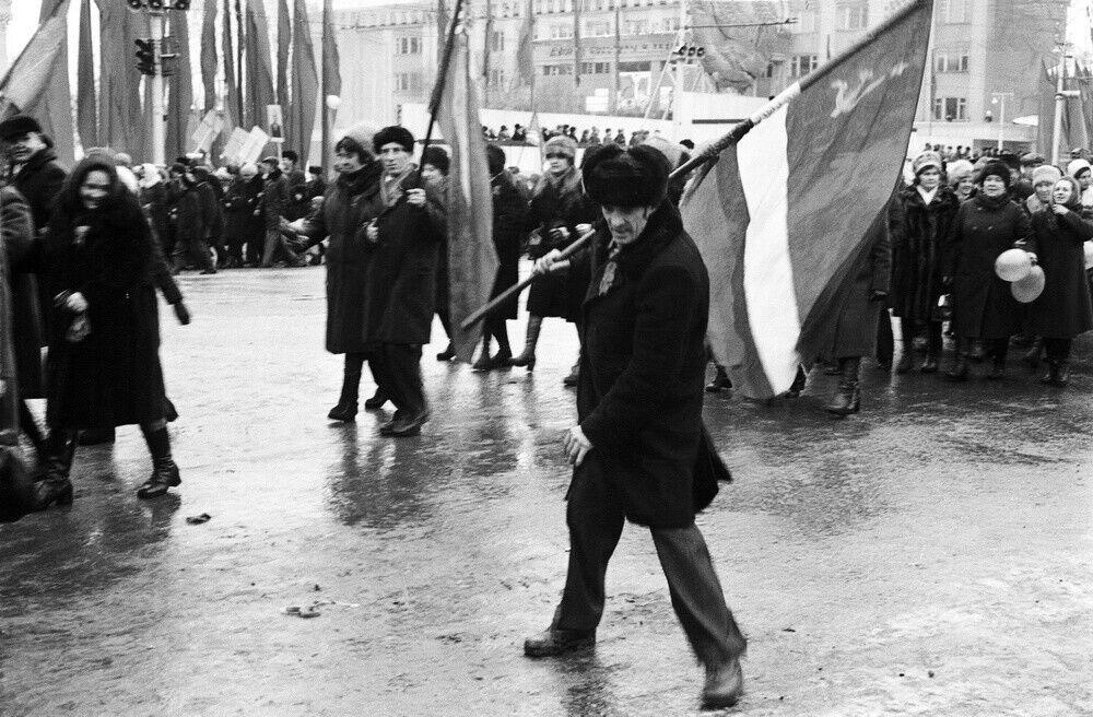 """.""""Прапороносець на льоду"""", 1981 рік"""