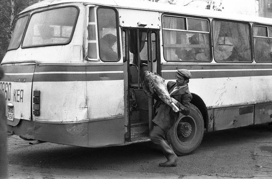 """""""Центральний ринок на вулиці Курако"""", 1983 рік"""
