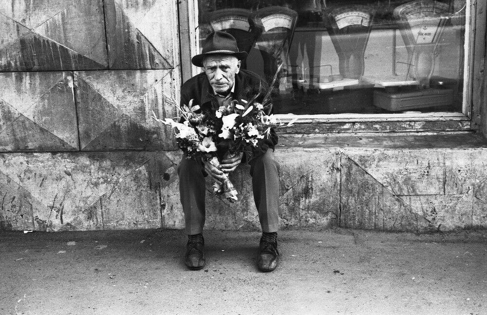 """""""Продавець букетів"""", 1980 рік"""
