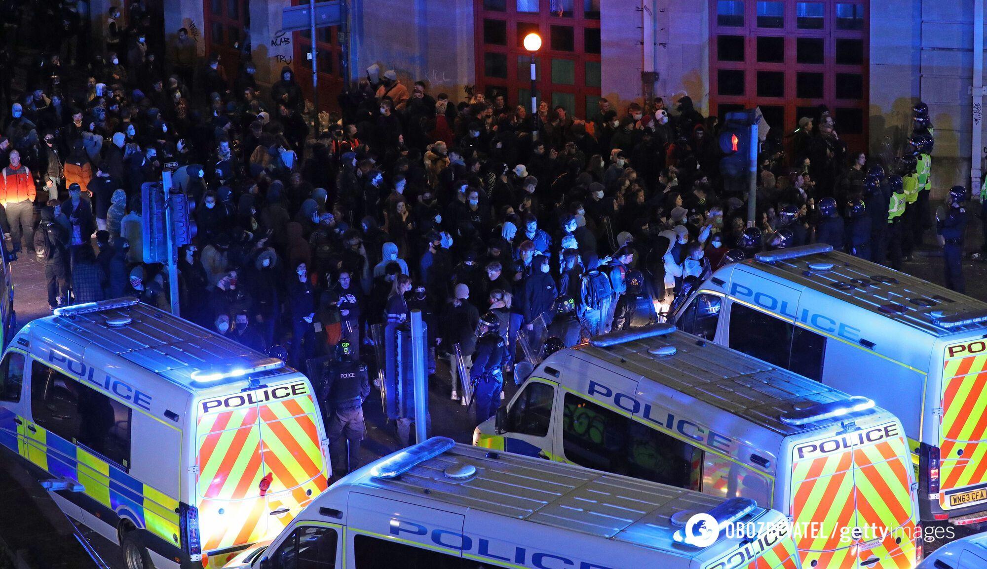 Многотысячный митинг в Британии.