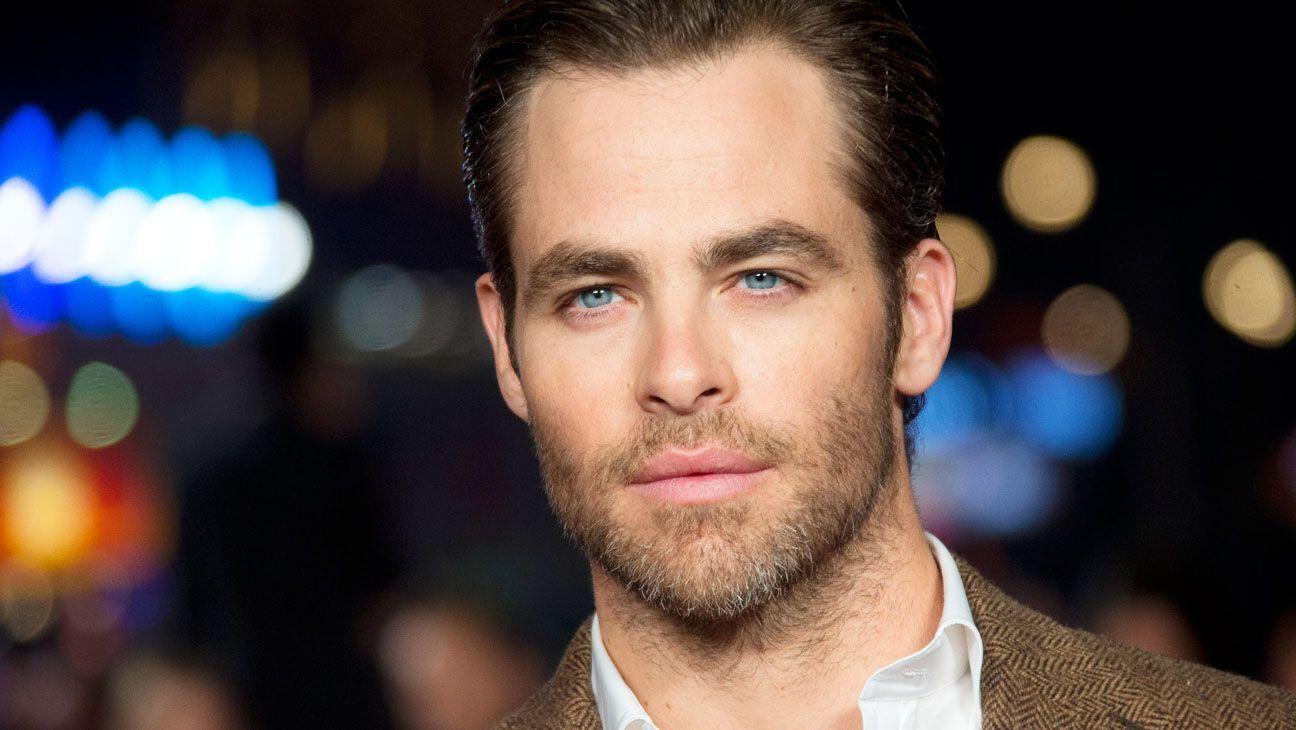 Актор знявся в десятках фільмів і отримав безліч кінонагород