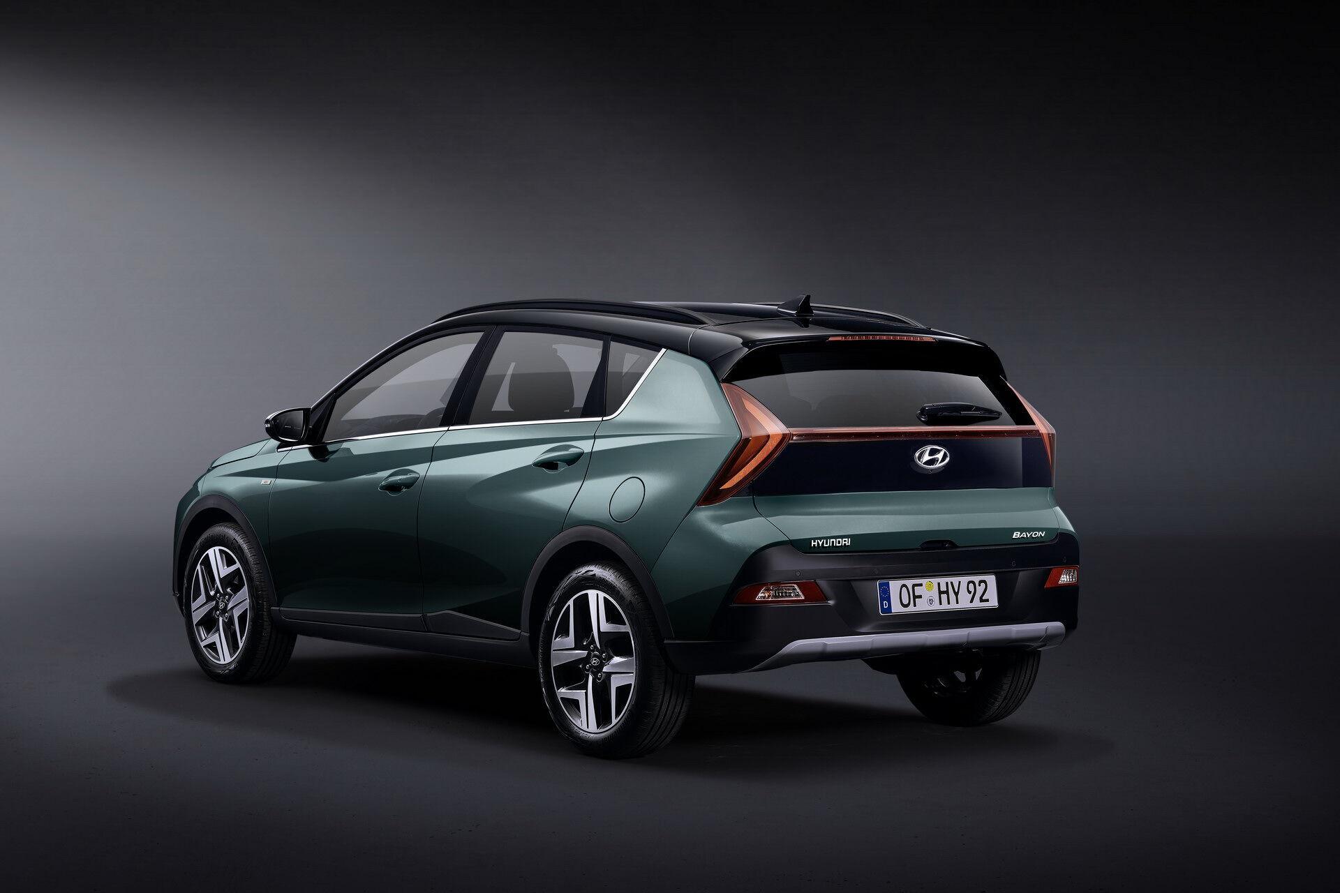 Покупателям предлагается выбрать между двумя бензиновыми двигателями мощностью от 84 до 120 л.с.