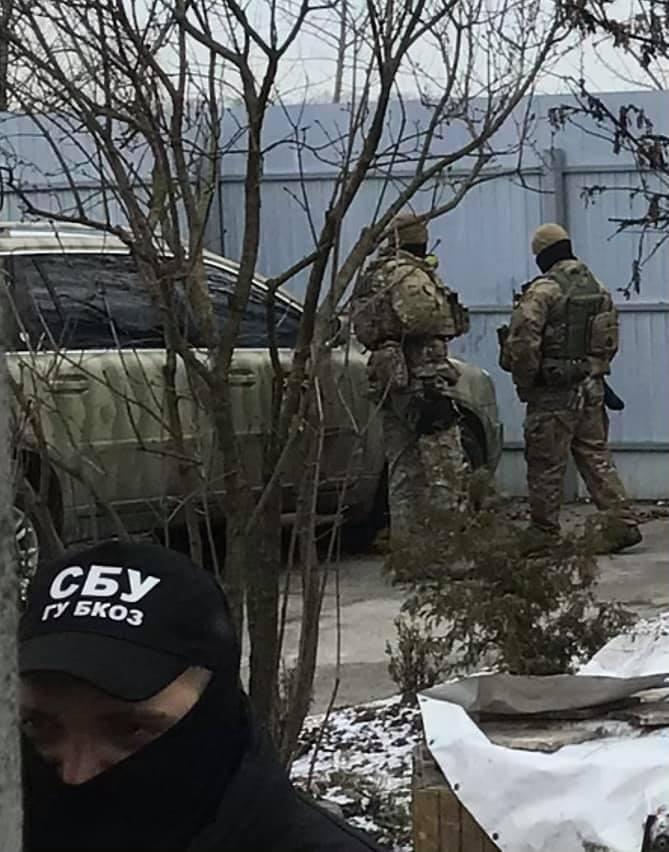 СБУ провела обшук у будинку агента НАБУ Шевченка. Фото
