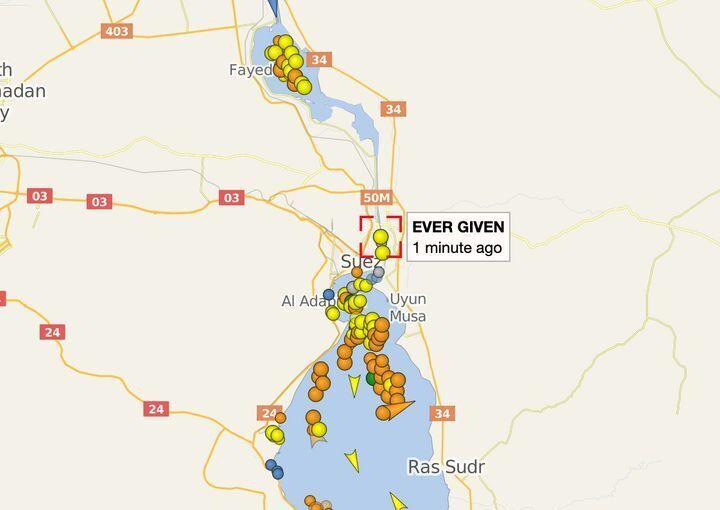 Затор у Суецькому каналі