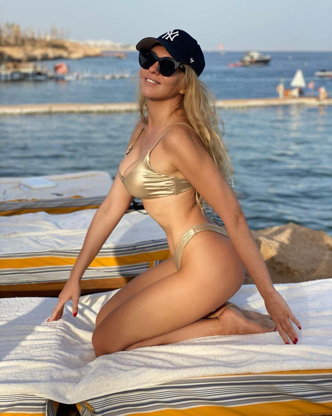 Полякова поділилася новими фото з відпочинку