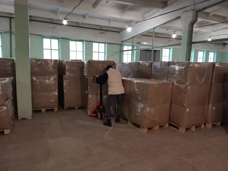 Защитная одежда для врачей пылится на складах: ВЕНЕТО занялась доставкой самостоятельно