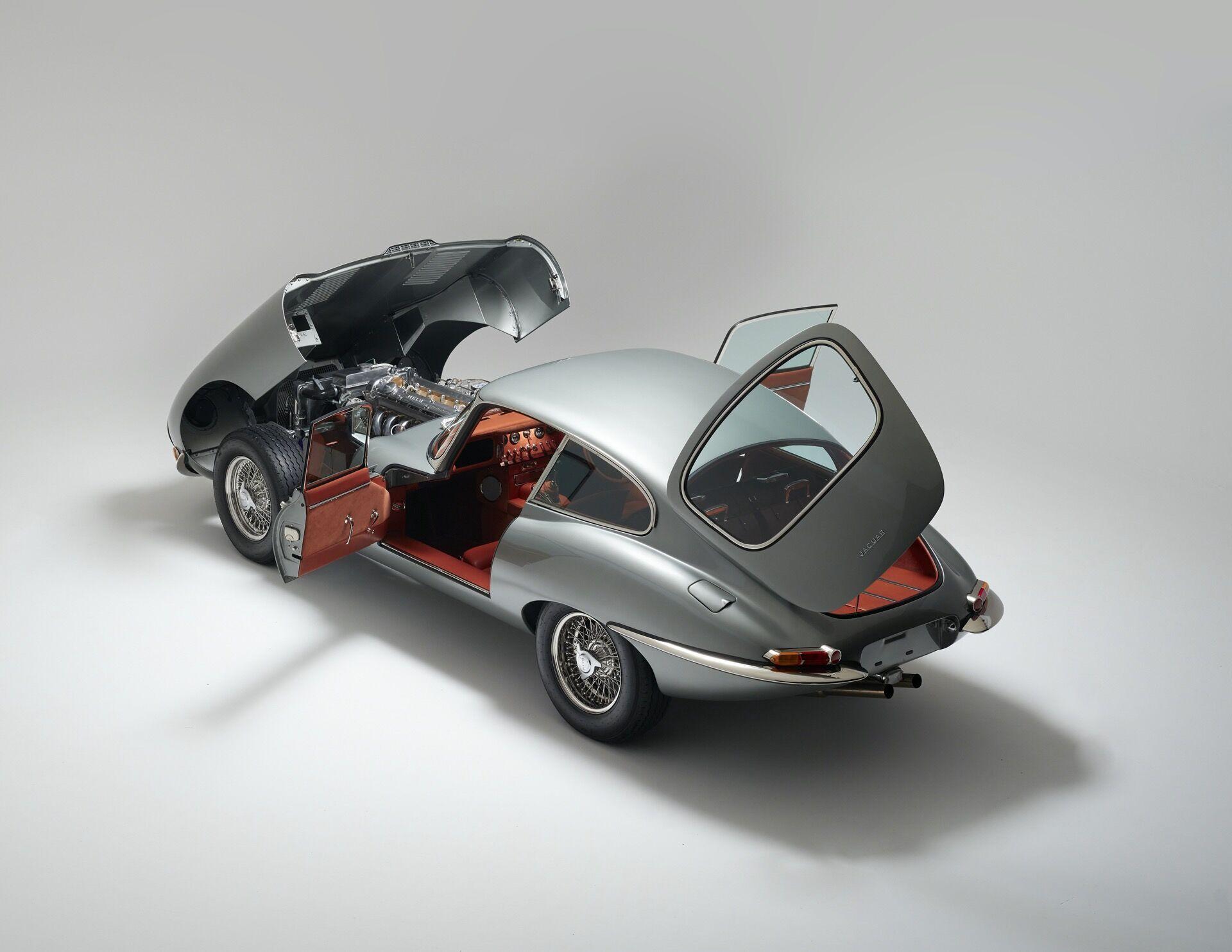 Всего будет изготовлено 20 экземпляров модели Helm Jaguar E-type