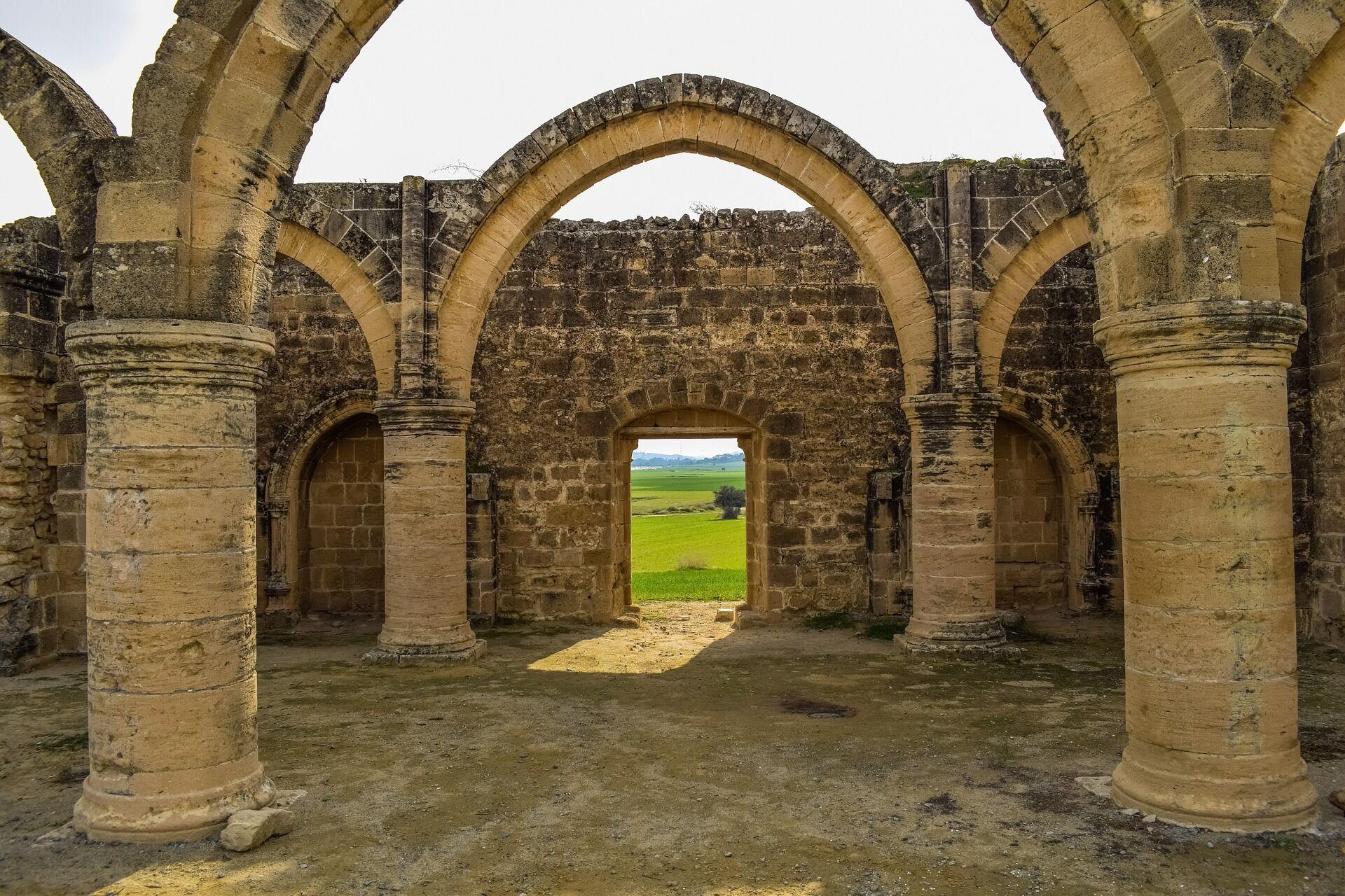 На Кипре запрещено фотографировать военные объекты