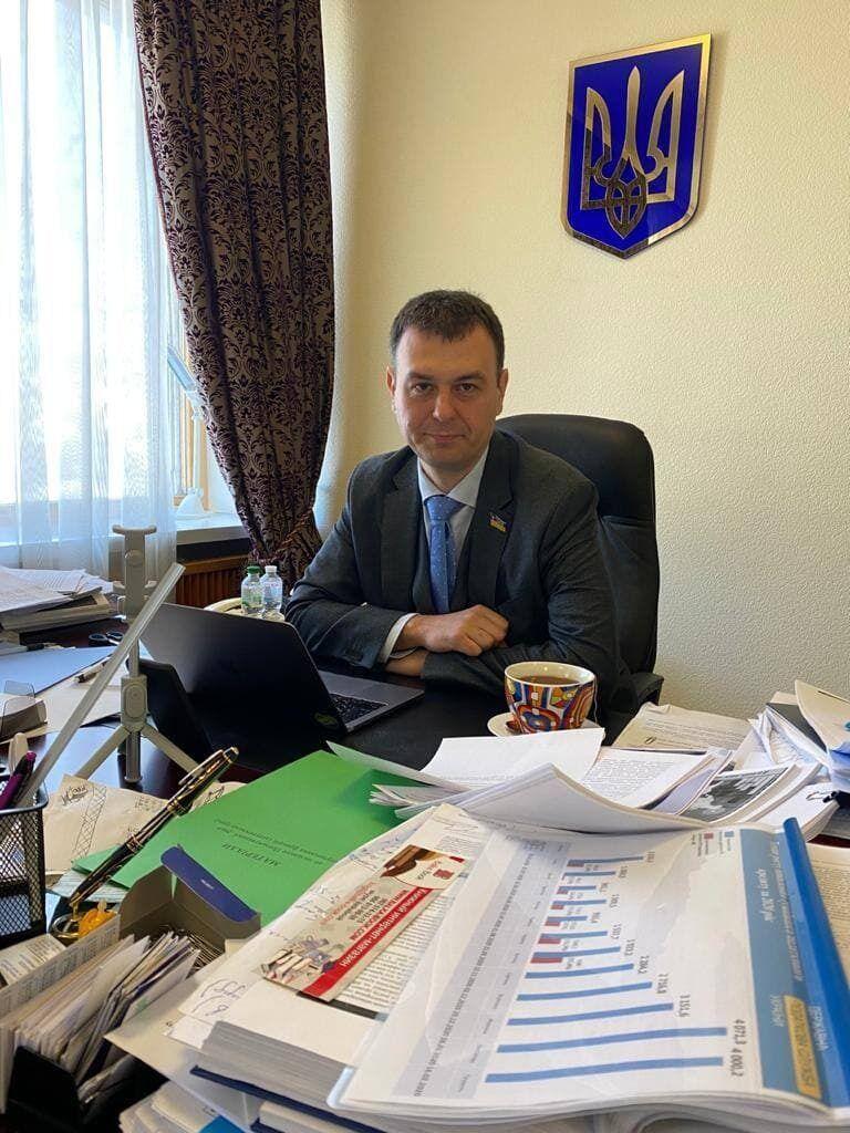 Кабинет председателя комитета.