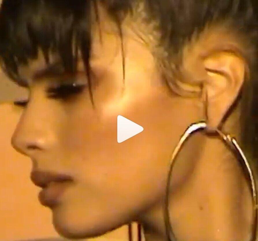 Мишель Андраде снялась в новом клипе.