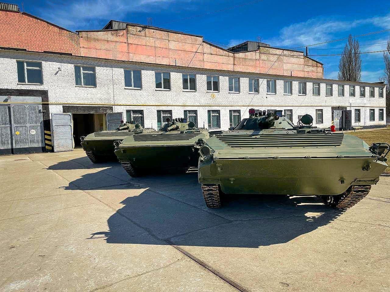 ВСУ усилились новыми боевыми машинами из Польши. Фото