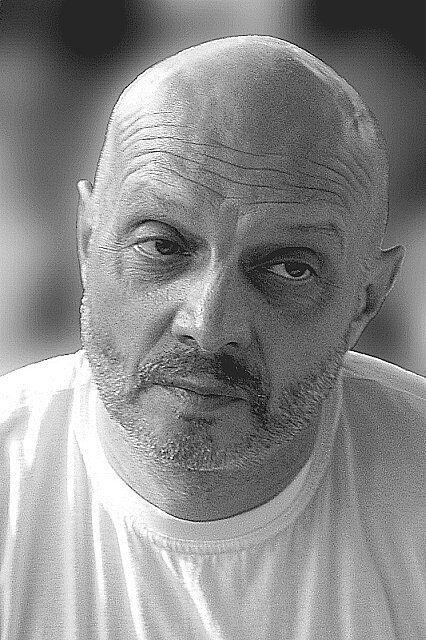 Умер музыкант и журналист Александр Липницкий.