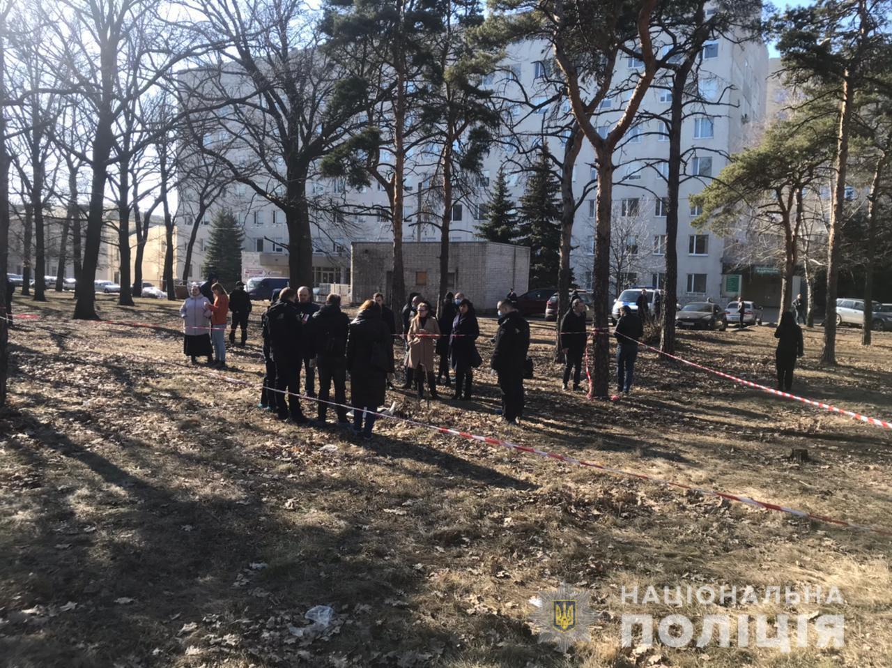 В Харькове возле больницы нашли труп младенца