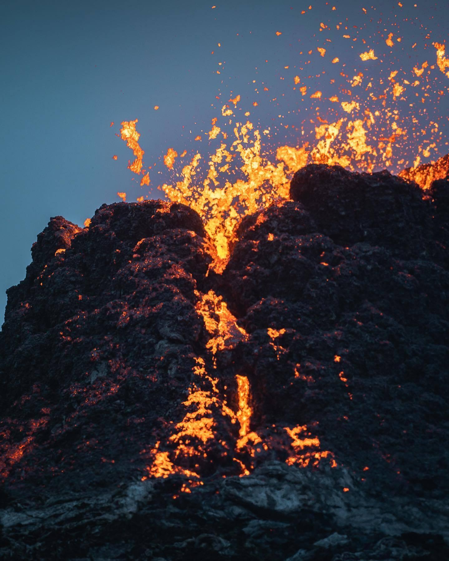Извержение вулкана Фаґрадальсфьядль в Исландии